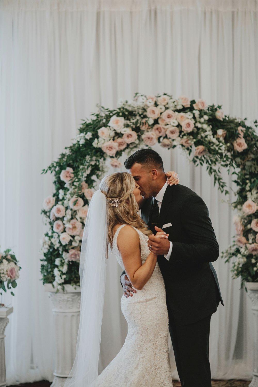 danaea_li_photography_Tyler-Melissa-Vancouver-Wedding_0059.jpg