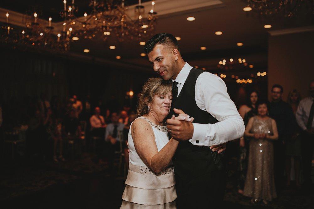 danaea_li_photography_Tyler-Melissa-Vancouver-Wedding_0114.jpg