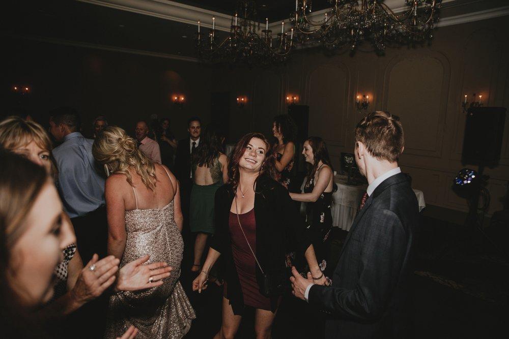 danaea_li_photography_Tyler-Melissa-Vancouver-Wedding_0116.jpg