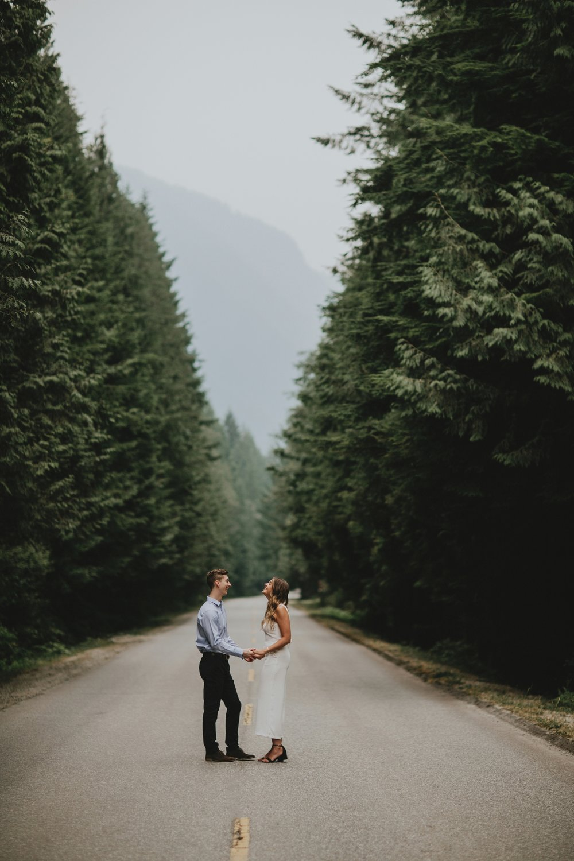 danaea_li_photography_Rebecca_Clayton_Golden_Ears_Park_Engagement_0012.jpg