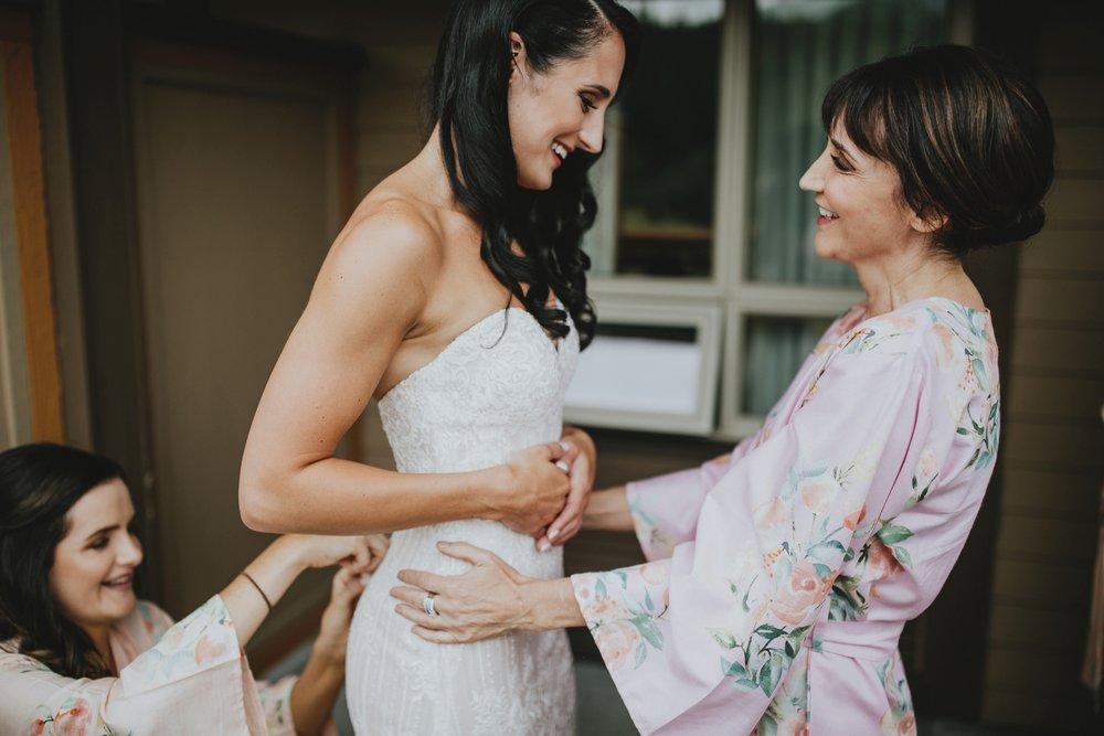 danaea_li_photography_Denise_Callum_Squamish_Furry_Creek_Wedding_0009.jpg