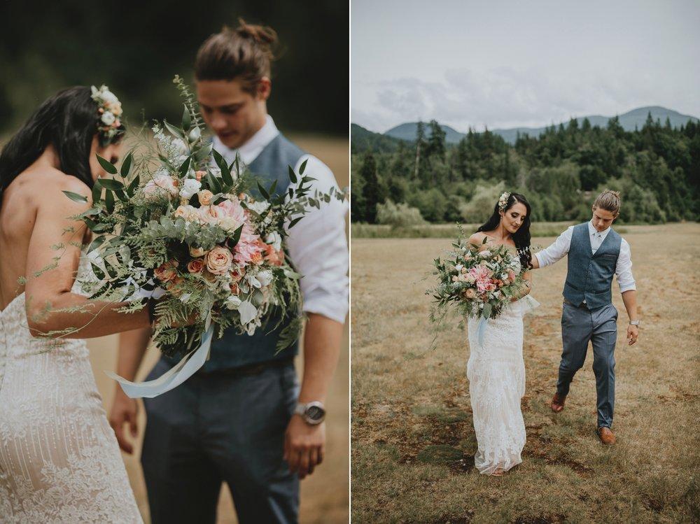 danaea_li_photography_Denise_Callum_Squamish_Furry_Creek_Wedding_0028.jpg