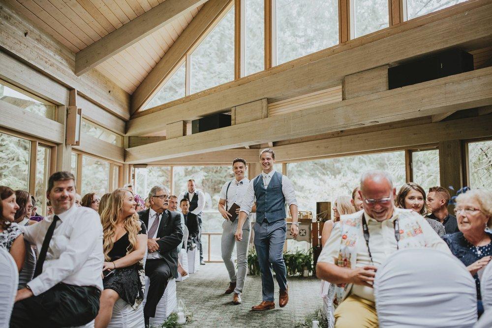 danaea_li_photography_Denise_Callum_Squamish_Furry_Creek_Wedding_0035.jpg