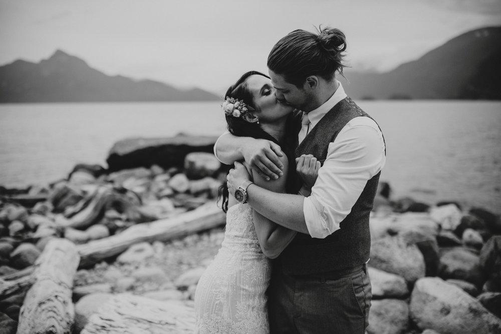 danaea_li_photography_Denise_Callum_Squamish_Furry_Creek_Wedding_0063.jpg