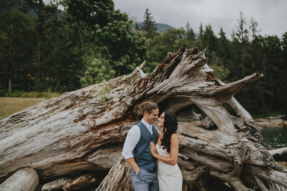 danaea_li_photography_Denise_Callum_Squamish_Furry_Creek_Wedding_0068.jpg