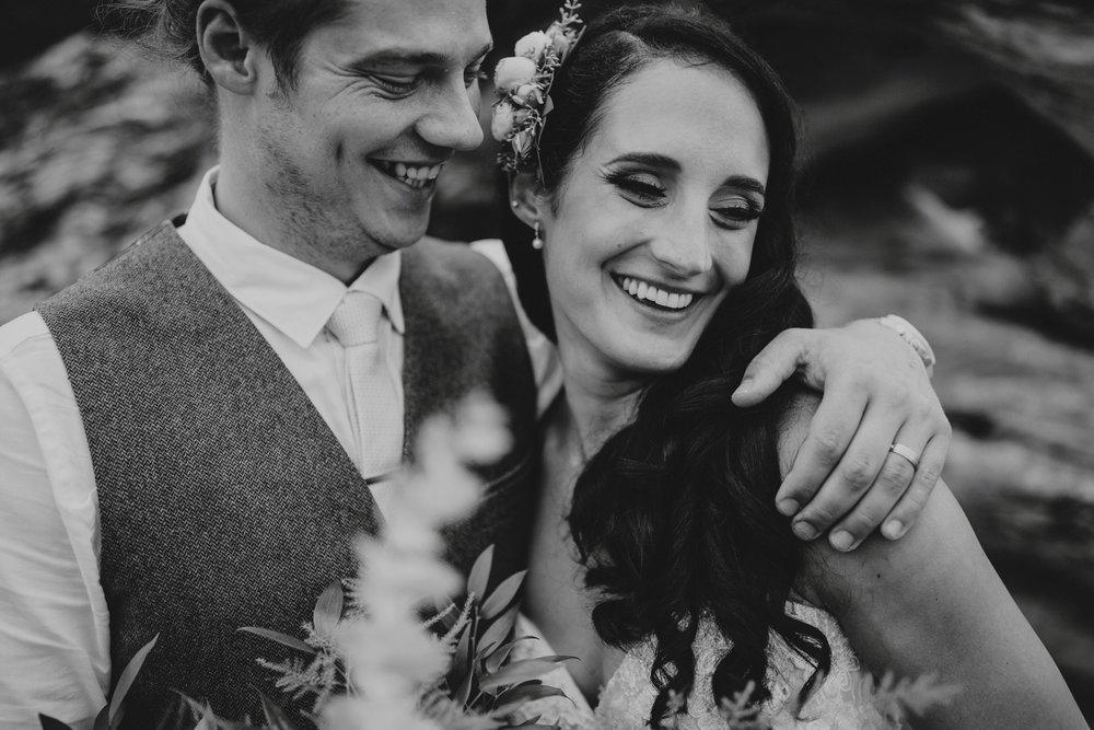 danaea_li_photography_Denise_Callum_Squamish_Furry_Creek_Wedding_0070.jpg