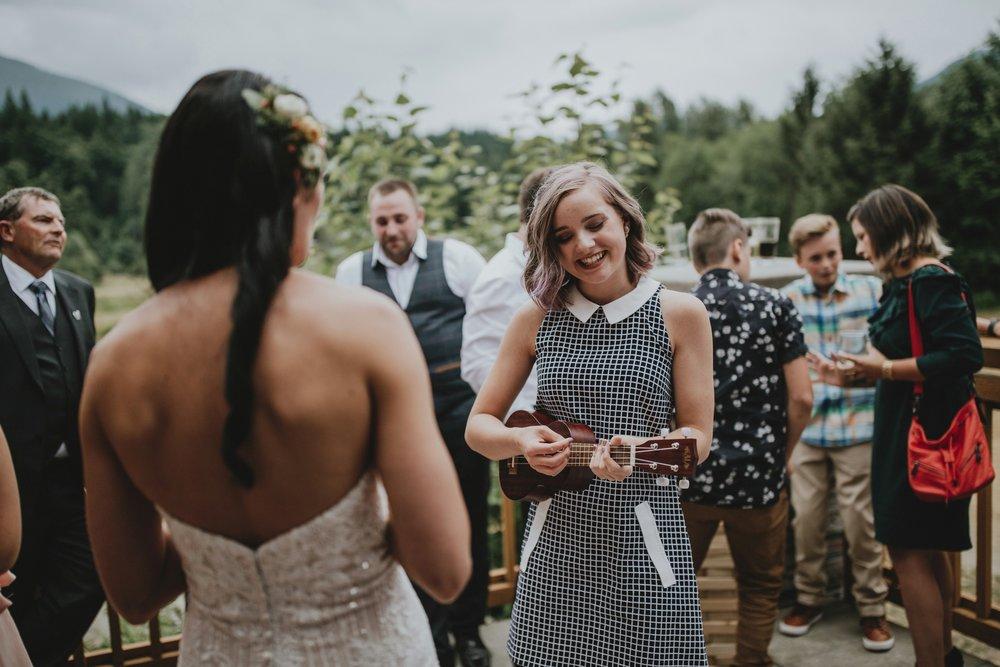 danaea_li_photography_Denise_Callum_Squamish_Furry_Creek_Wedding_0087.jpg