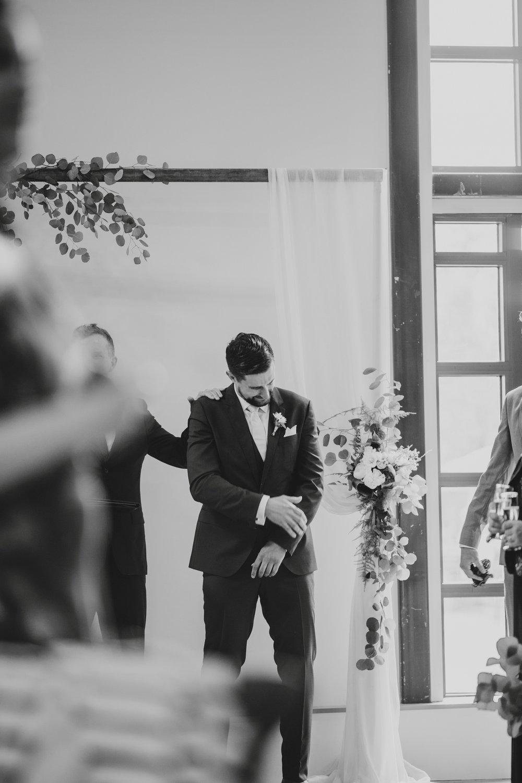 danaea_li_photography_Jennifer_Aaron_Pipe_Shop_Wedding_0048.jpg