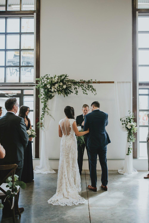 danaea_li_photography_Jennifer_Aaron_Pipe_Shop_Wedding_0050.jpg