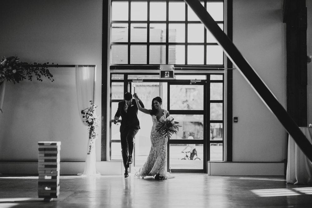 danaea_li_photography_Jennifer_Aaron_Pipe_Shop_Wedding_0088.jpg