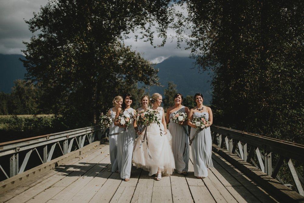 danaea_li_photography_Stephanie_Jon_Fraser_River_Lodge_Wedding_0034.5.jpg