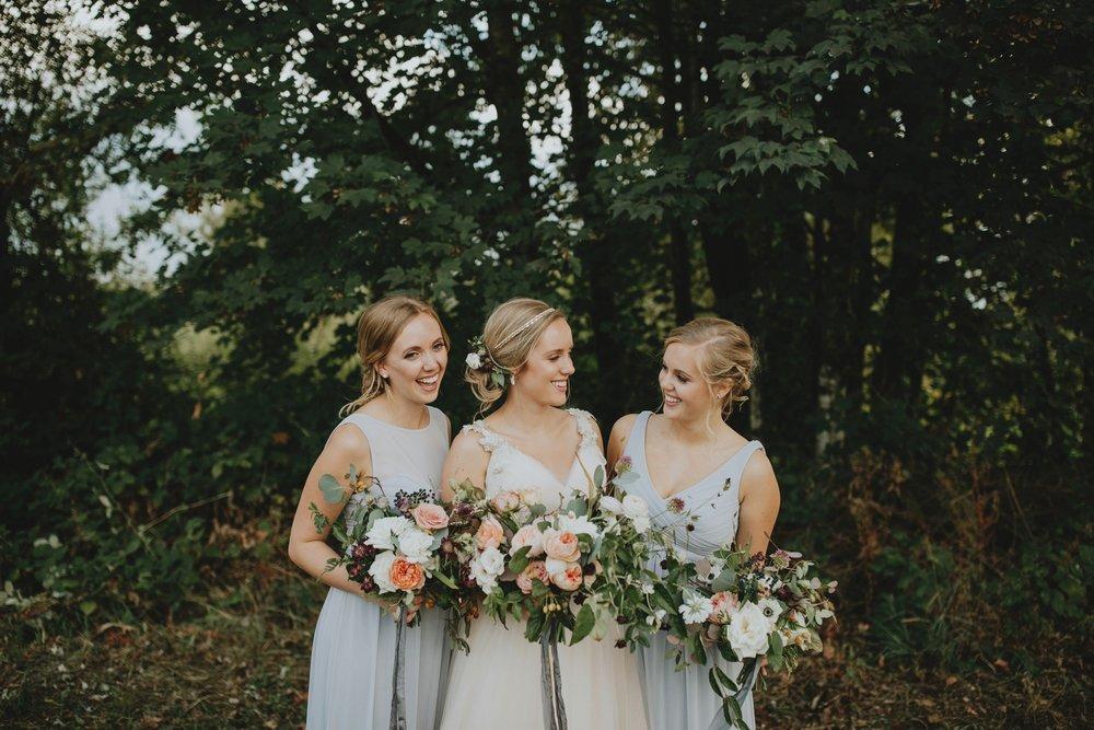 danaea_li_photography_Stephanie_Jon_Fraser_River_Lodge_Wedding_0037.jpg