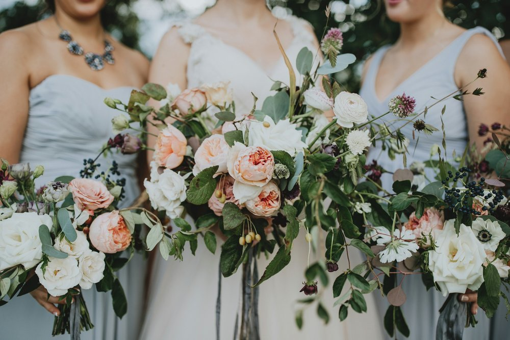 danaea_li_photography_Stephanie_Jon_Fraser_River_Lodge_Wedding_0039.jpg