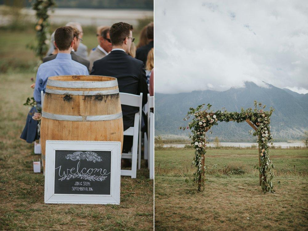 danaea_li_photography_Stephanie_Jon_Fraser_River_Lodge_Wedding_0042.jpg
