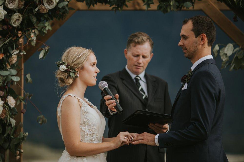 danaea_li_photography_Stephanie_Jon_Fraser_River_Lodge_Wedding_0052.jpg