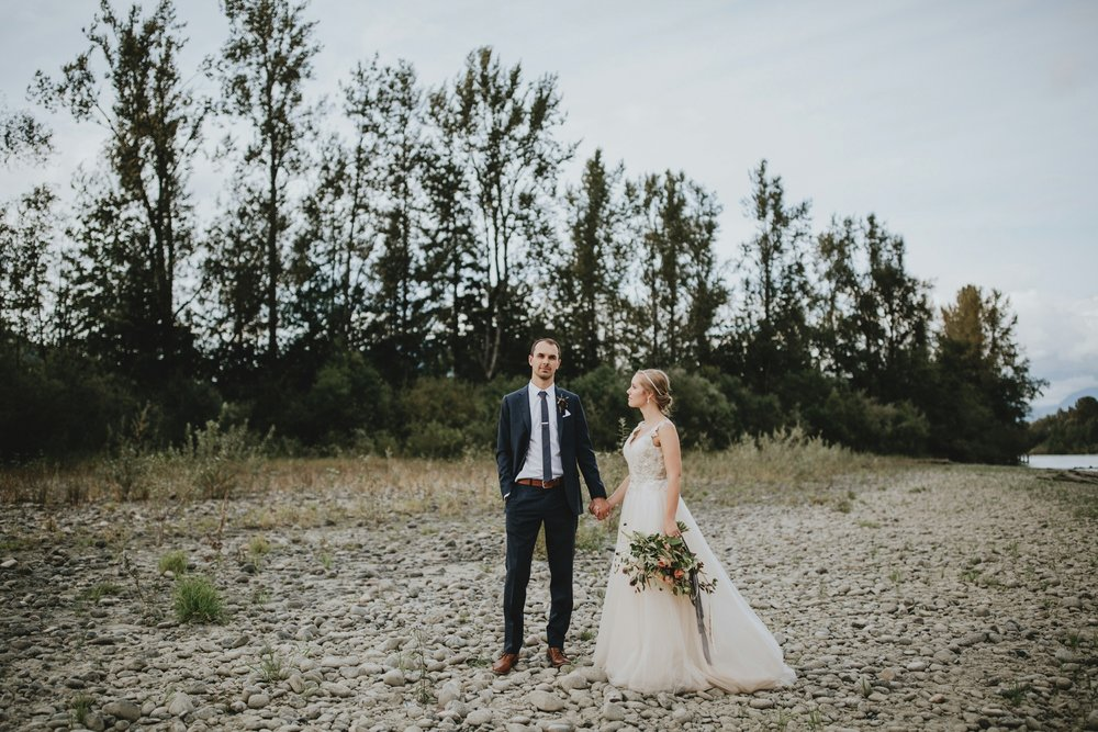 danaea_li_photography_Stephanie_Jon_Fraser_River_Lodge_Wedding_0068.jpg