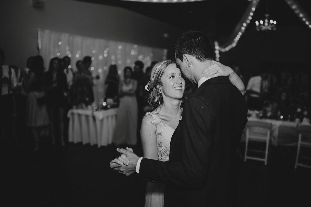 danaea_li_photography_Stephanie_Jon_Fraser_River_Lodge_Wedding_0097.jpg