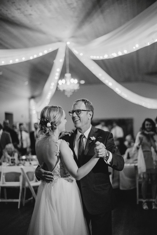 danaea_li_photography_Stephanie_Jon_Fraser_River_Lodge_Wedding_0099.jpg