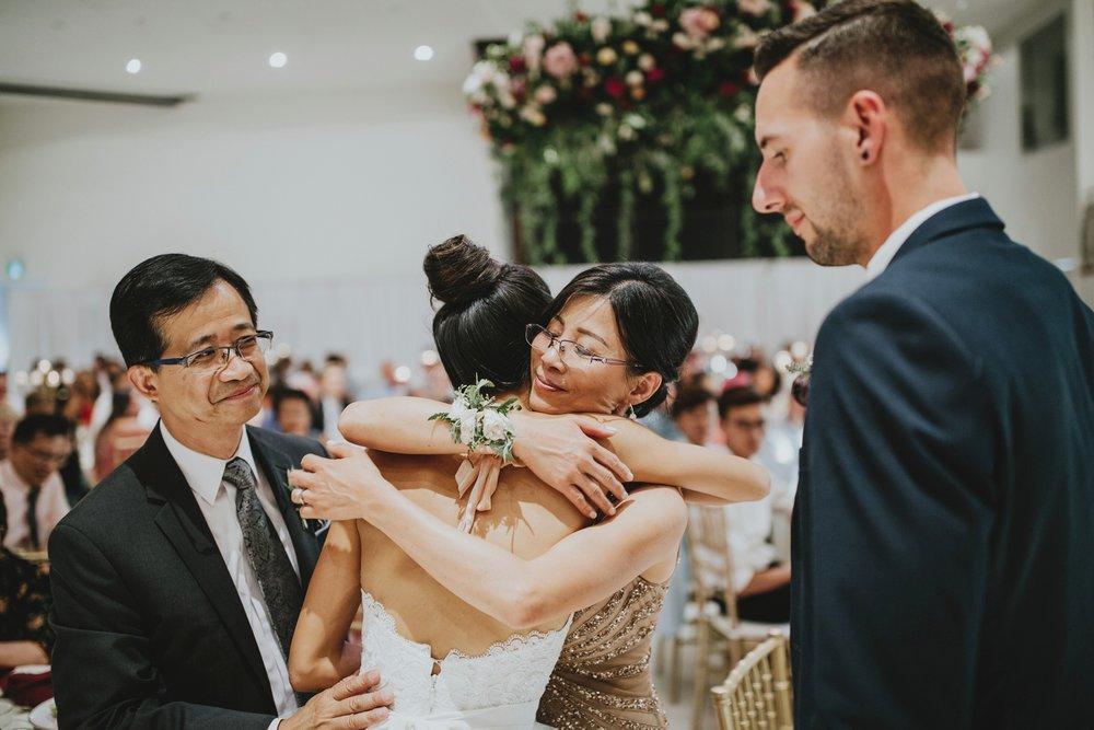 danaea_li_photography_Rosanna_Mark_Wedding_Sky_Hangar_0081.jpg