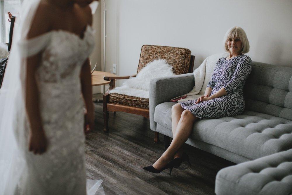 10_Jessica_Erik_Wedding-Preview-4.jpg