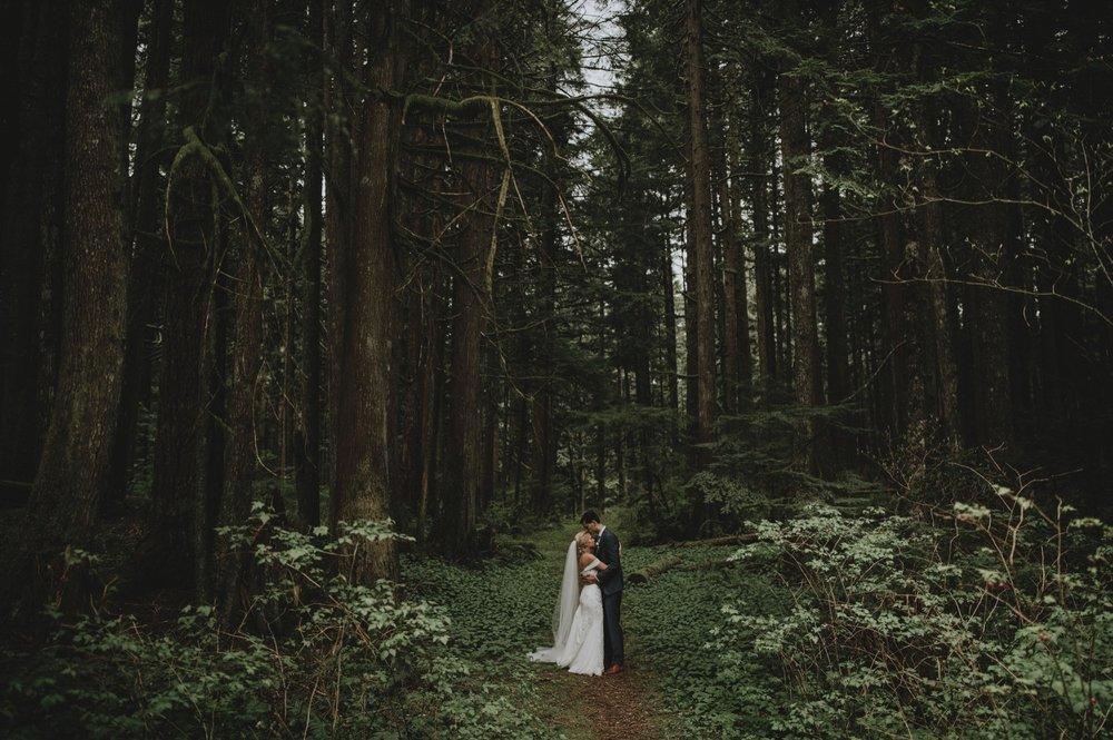 43_Jessica_Erik_Wedding-Preview-17.jpg