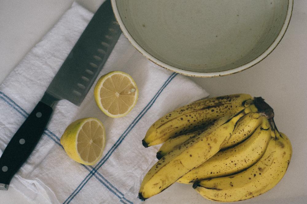 Freeandnativejournal_Banana_Chips_1a.jpg