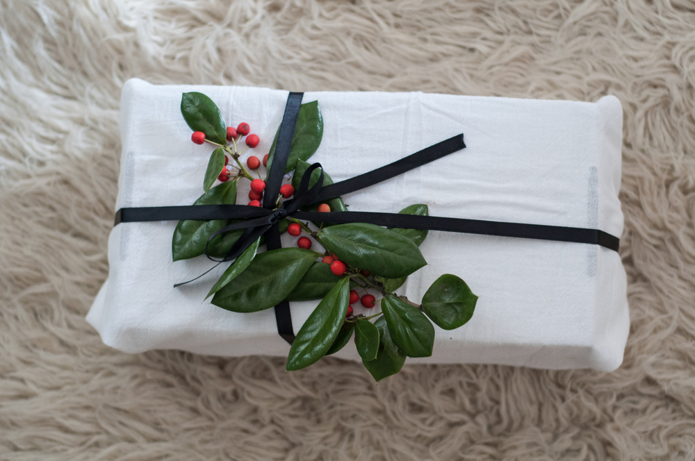 Freeandnative_Holiday_Gift_Wrapping_6.jpg