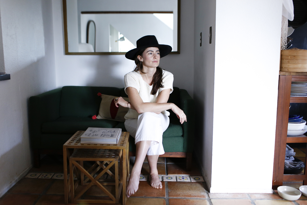 free-and-native-house-hat-white-green-sofa-Lacy Phillips