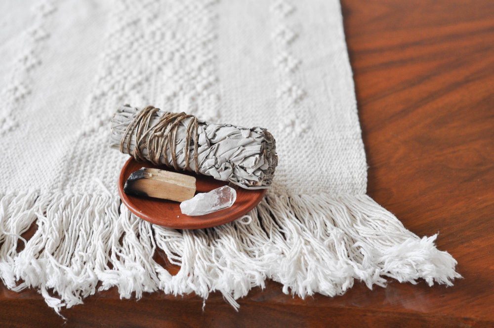 free-and-native-sage-rug-crystal
