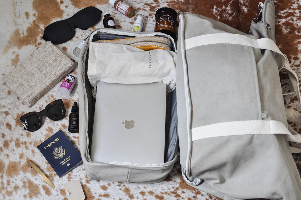 free-and-native-travel-packing-luggage