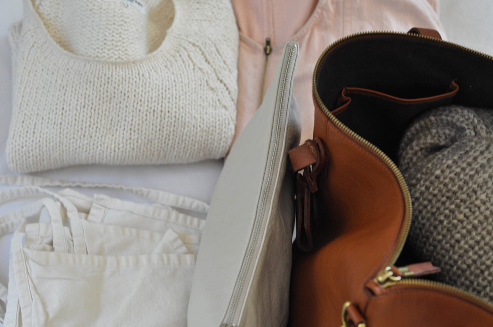free-and-native-pink_jumper_white_sweater_brown_grey_leather_bag_white_pants1 (1 of 1).jpg
