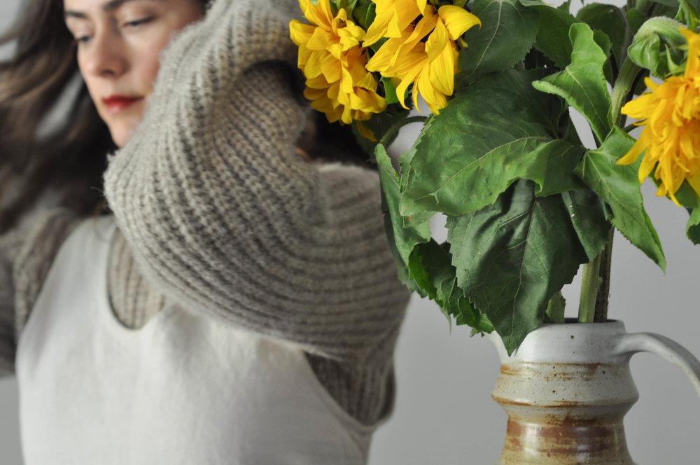 dress_sunflower_vase_red_lips_sweater_long_hair_1 (1 of 1).jpg