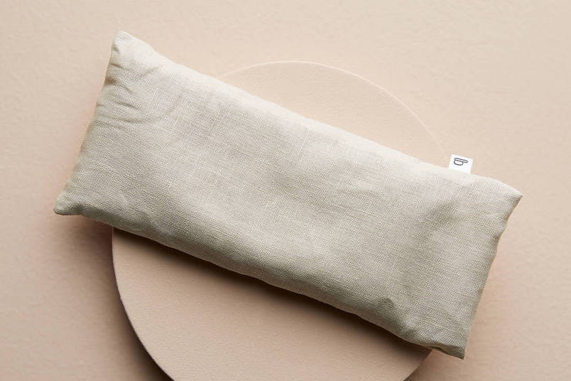 Meditate w. an Eye Pillow