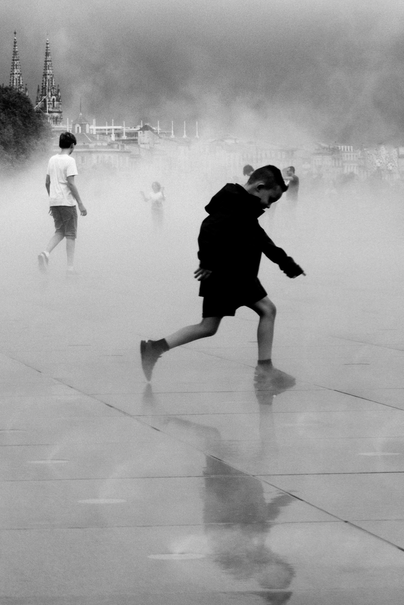 free-and-native-boy-running-fog