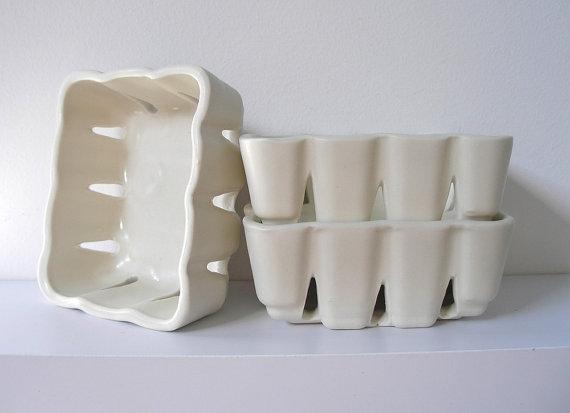 porcelain  berry bowls  :: lighta fire