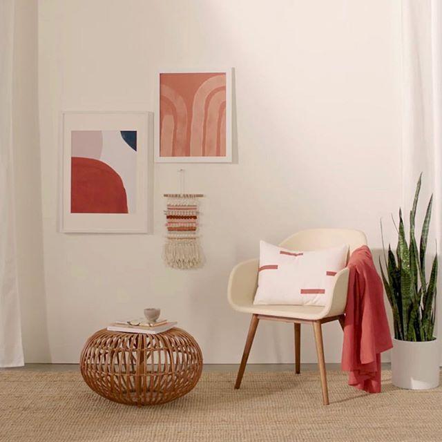 Color trend. Burnt orange or warm terracotta. Pillow handmade @jillianrenedecor  #foundmademodern #shopsmall #burntorange #terracotta #handmade #pillows #homedecor #makers #smallbusiness