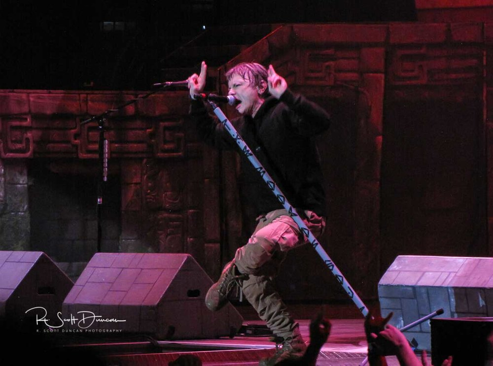 iron-maiden-bruce-dickenson-vocals-book-of-souls-tour-2017.jpg