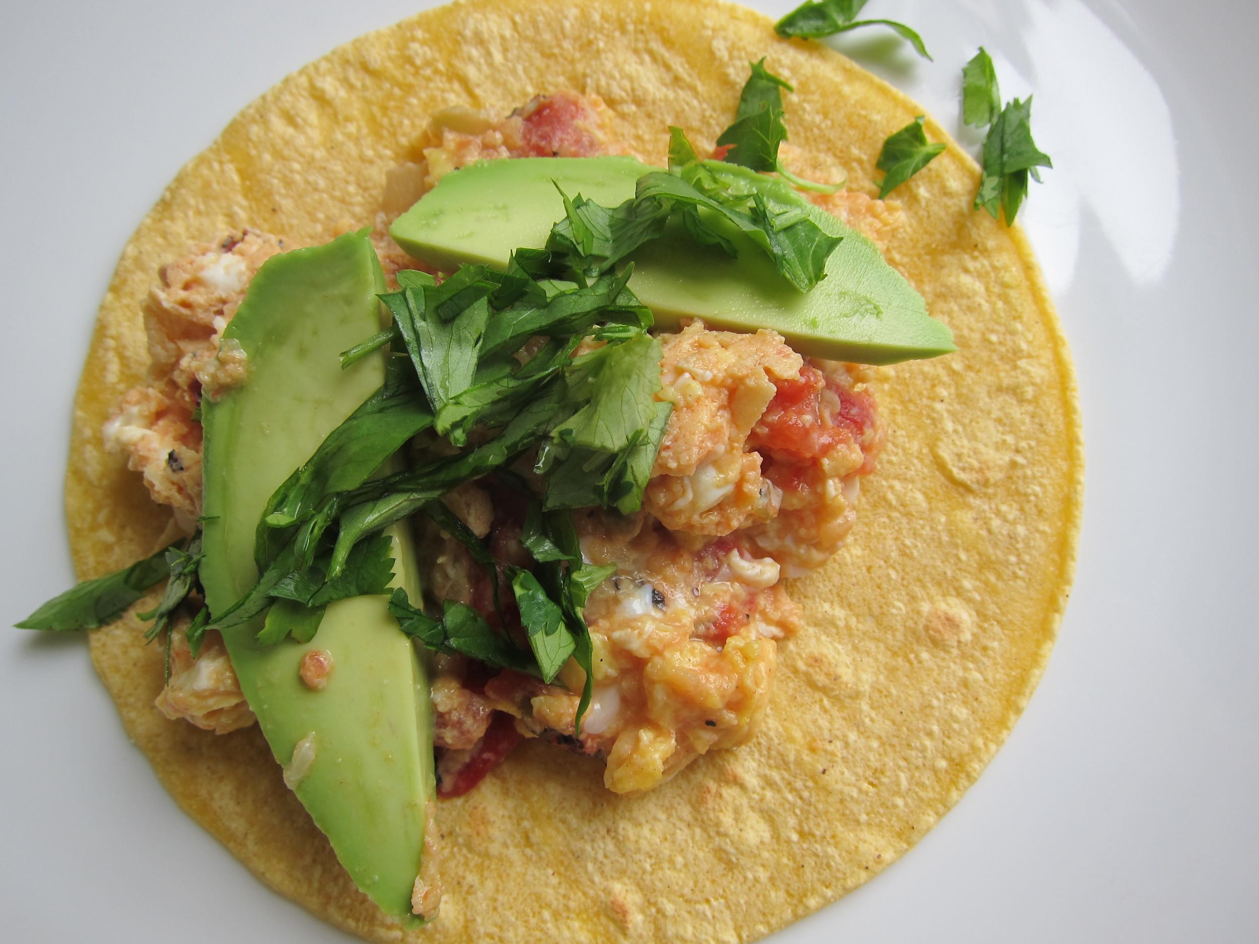 Tacos de Huevos Revueltos a la Mexicana; Mexican Scrambled Egg Tacos