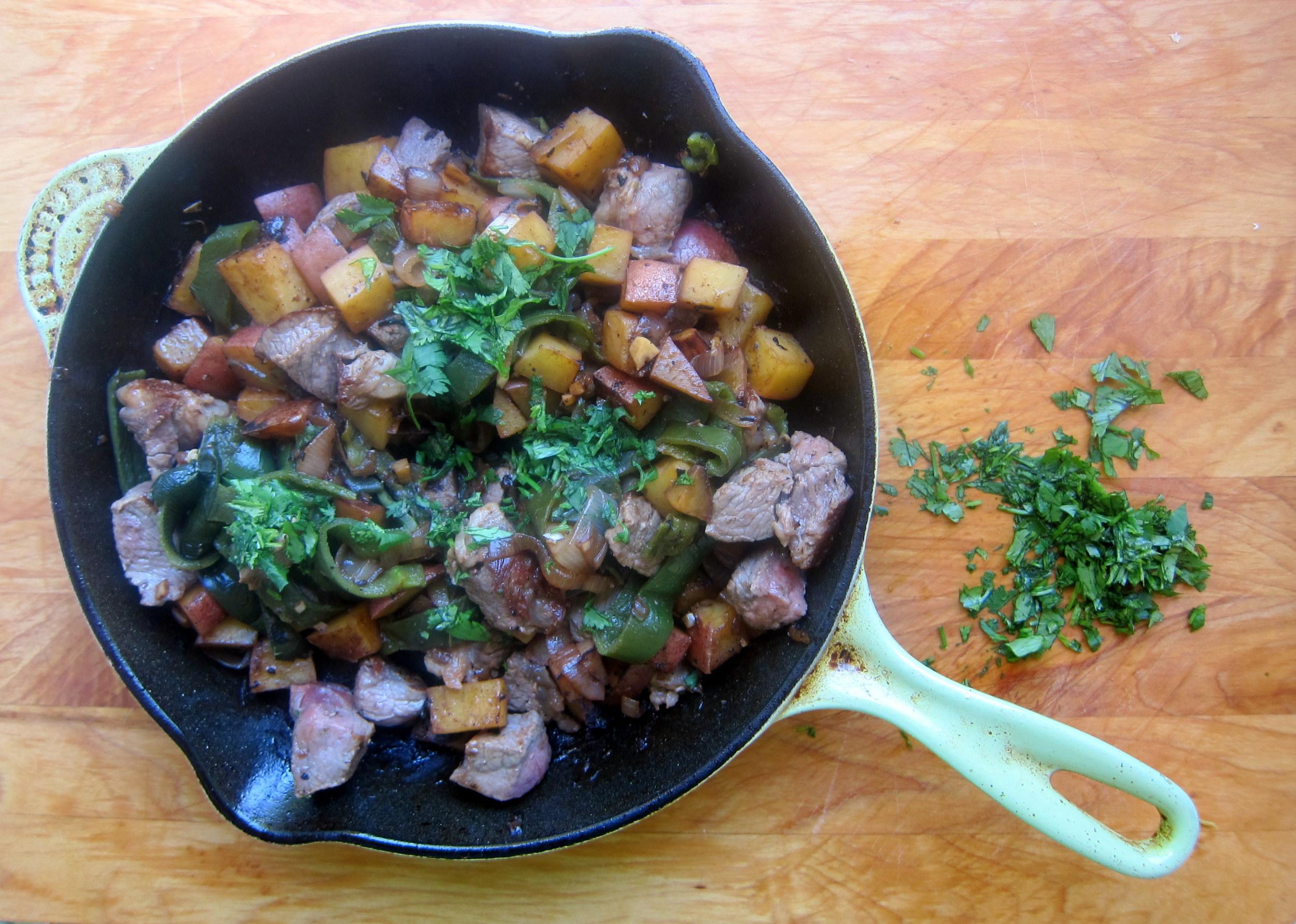 Puntas de Filete al Chile Poblano: Quick-Seared Poblano Beef Tips