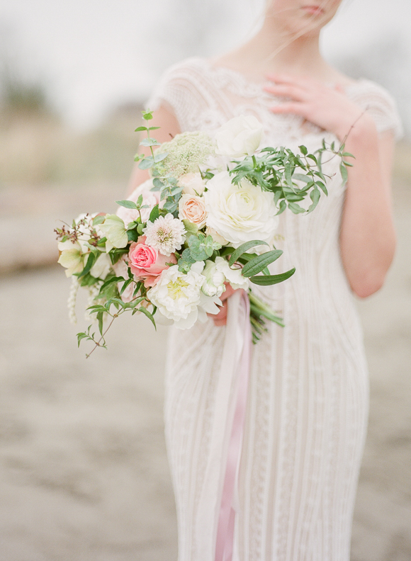 Neutral Outdoor Bridal Session