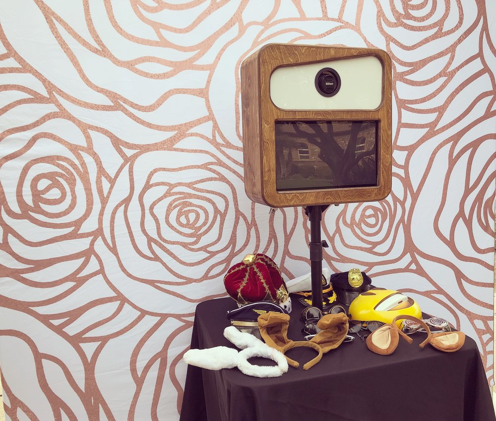 Social Photo Booth - compact, elegant, and full of capabilities