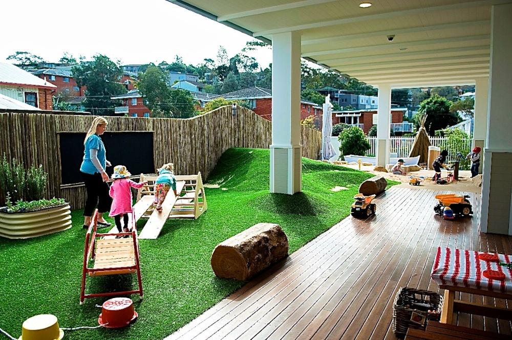 Bluey's Treehouse side verandah.jpg
