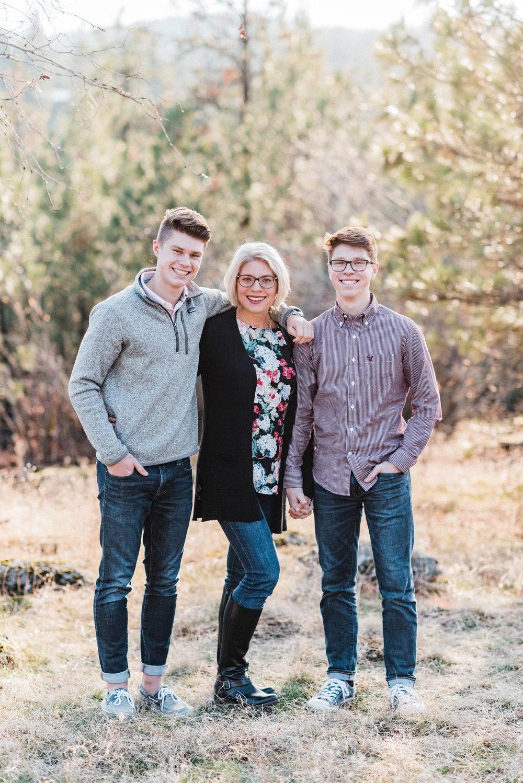 spokane_family_photographer_hammond (11 of 15).jpg