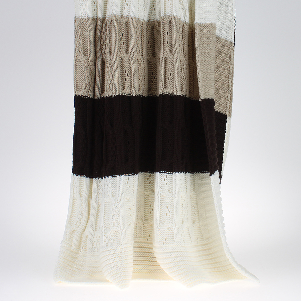 €135 KNITTED THROW/BED COVER IN CREAM/BEIGE/BROWN COLOR 220X240