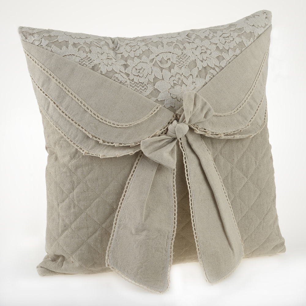 €32 FILLING FABRIC CUSHION IN BEIGE COLOR WITH BOW 45X45