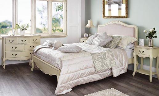 Vintage Style Bedroom - Unique & Custom-made Designs
