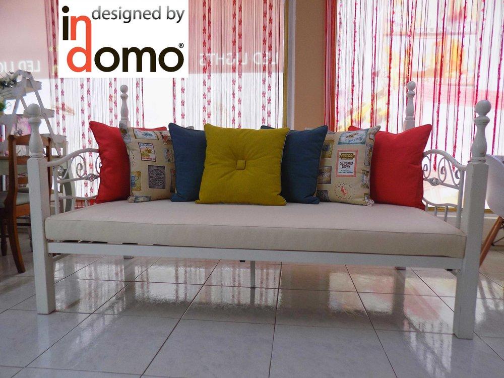sofa bed vintage.jpg