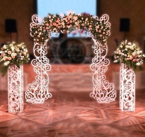 weeding+flower+stands+and+arc.jpg