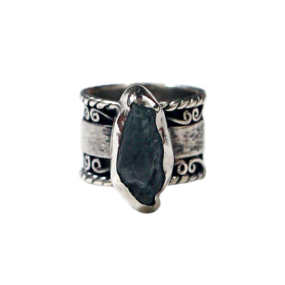 Mara Earth Ring £290