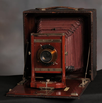 Conley Field Camera with 6x8 Revolving Back